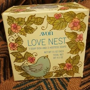 Vintage 1978 AVON LOVE NEST Hostess Dish/Soaps